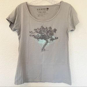 Arbor Gray Graphic T-Shirt Small